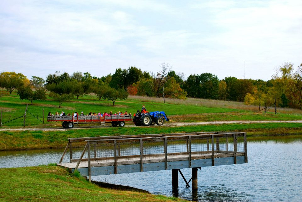 Tractor and Wagon Hay Rides by the Lake at The Peach Tree Farm in Boonville Missouri near Columbia